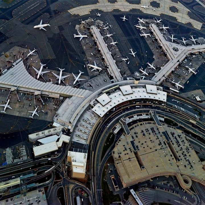 аэропорт с высоты птичьего полета (3)