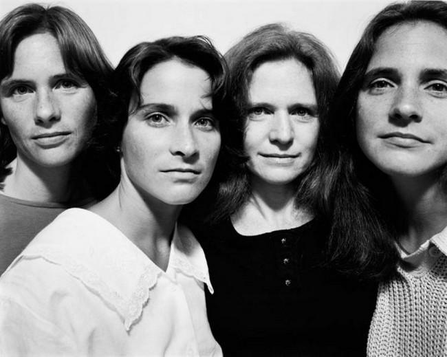 каждый год по фото, как стареют люди, четыре сестры (12)