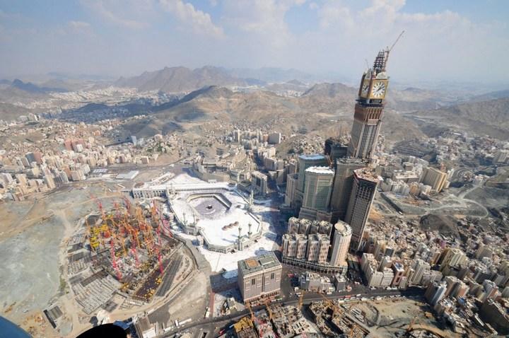 """Огромная башня с часами в Саудовской Аравии — """"Makkah Clock Royal Tower"""", мега стройка (16)"""