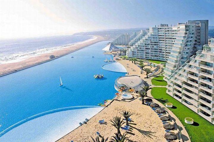 Самый большой бассейн в мире находится в отеле Сан Альфонсо дель Мар, Чили