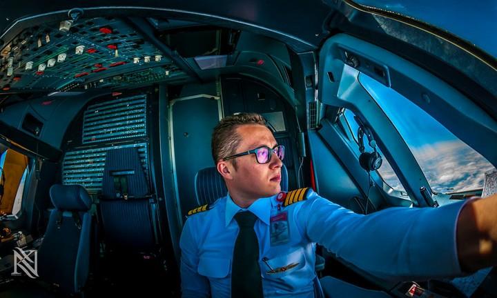Фотографии из кабины пилота самолета (3)