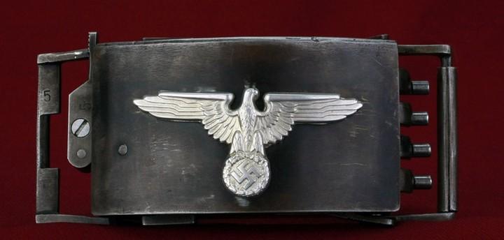 Пряжка-пистолет нацистских офицеров СС (2)