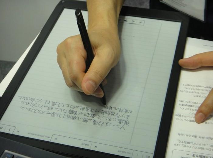 Электронная тетрадь SONY с экраном формата A4 1200 x 1600 пикселей (9)