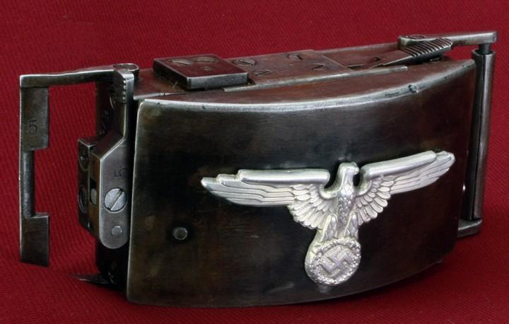 Пряжка-пистолет нацистских офицеров СС (4)