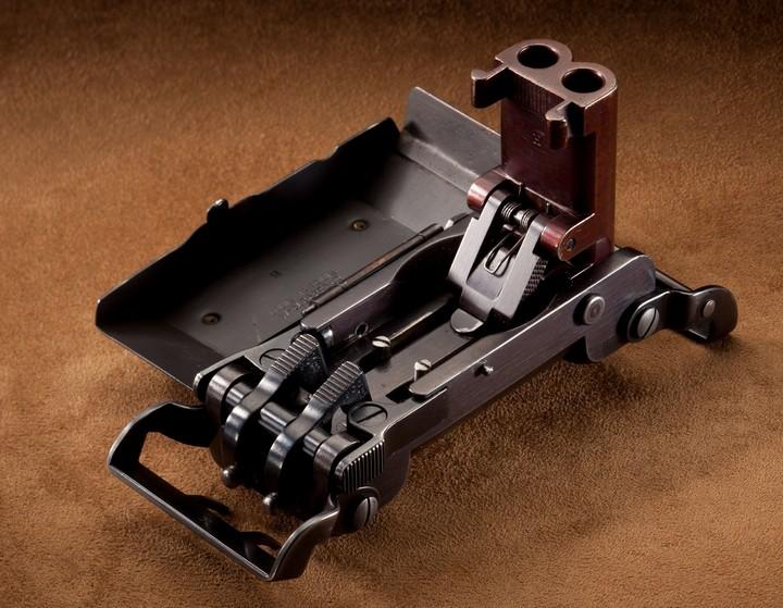 Пряжка-пистолет нацистских офицеров СС (9)