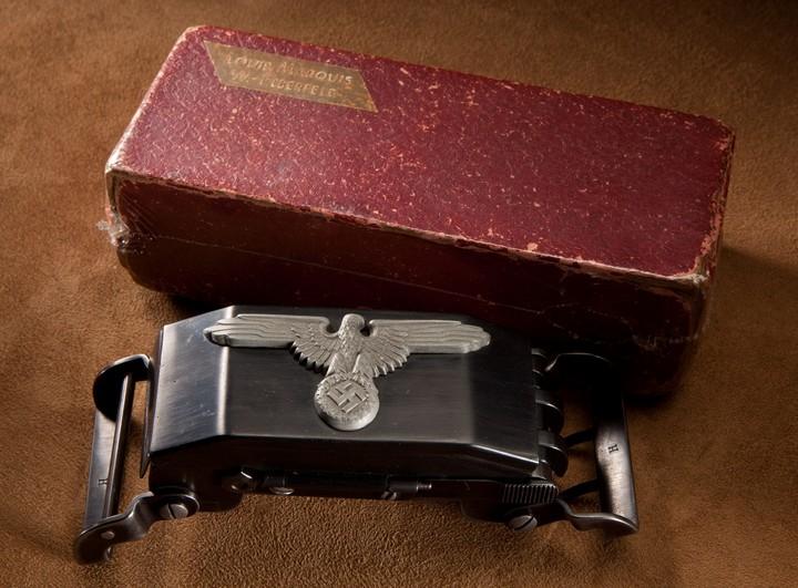Пряжка-пистолет нацистских офицеров СС (14)