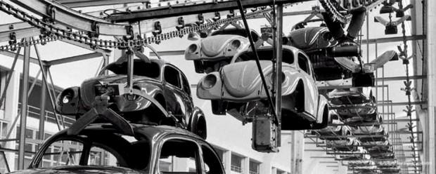 Старые фотографии с завода Фольксваген, производство Фольскваген Жук (1)