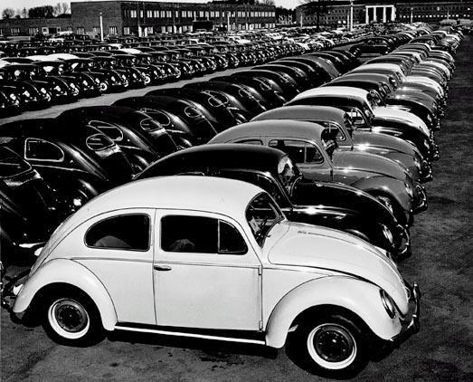 Старые фотографии с завода Фольксваген, производство Фольскваген Жук (6)