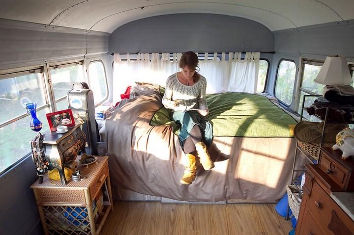 Автобус вместо дома, жизнь в автобусе (1)