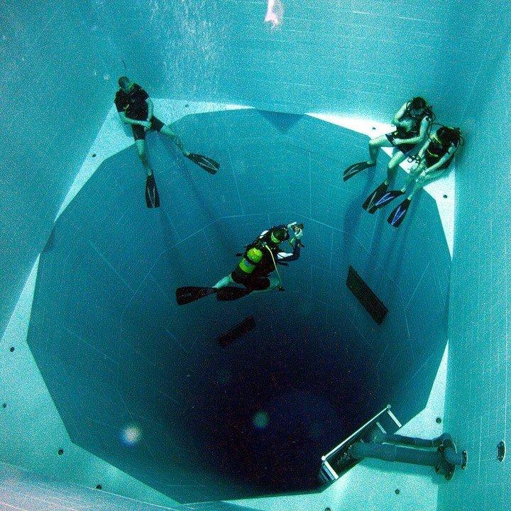 Самый глубокий бассейн в мире расположен в Бельгии (1)