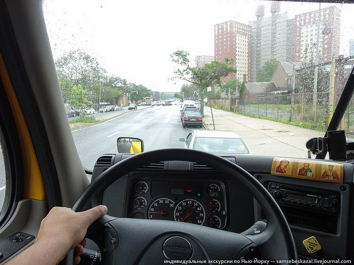 Американский грузовик Freighliner Cascadia внутри кабины, как выглядит американский тягач внутри, органы управления (4)