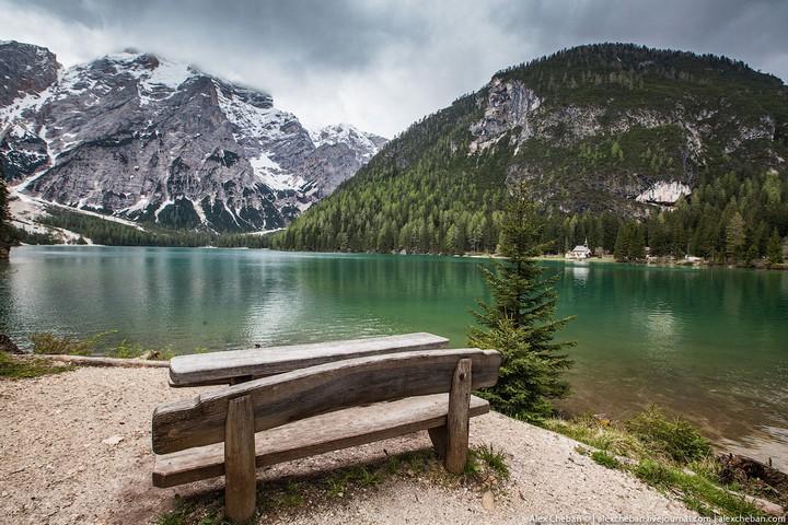 Озеро Брайес (Lago di Braies) в Италии (12)
