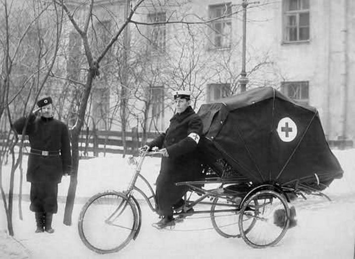 Скорая помощь. 1900 год, ретро фото