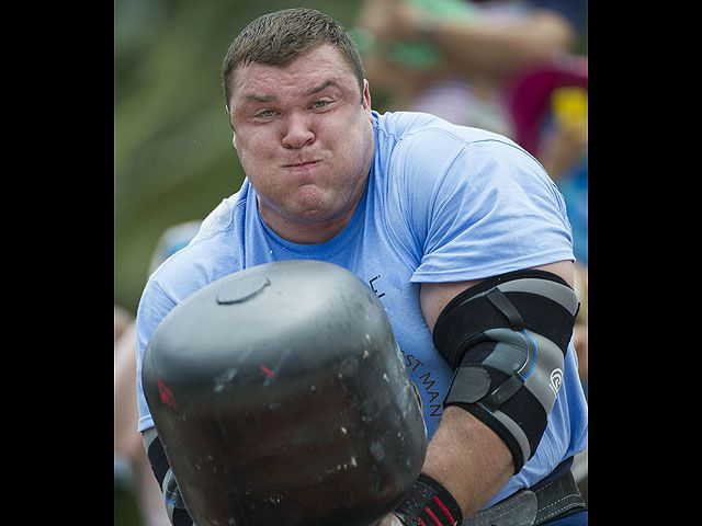 Соревнования самых сильных людей мира, интересные фотографии (13)