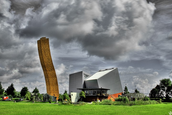 Скалодром Excalibur в Гронингене - самый высокий скалодром в мире (6)