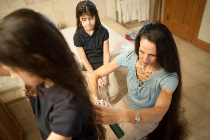Семья с длинными волосами (7)
