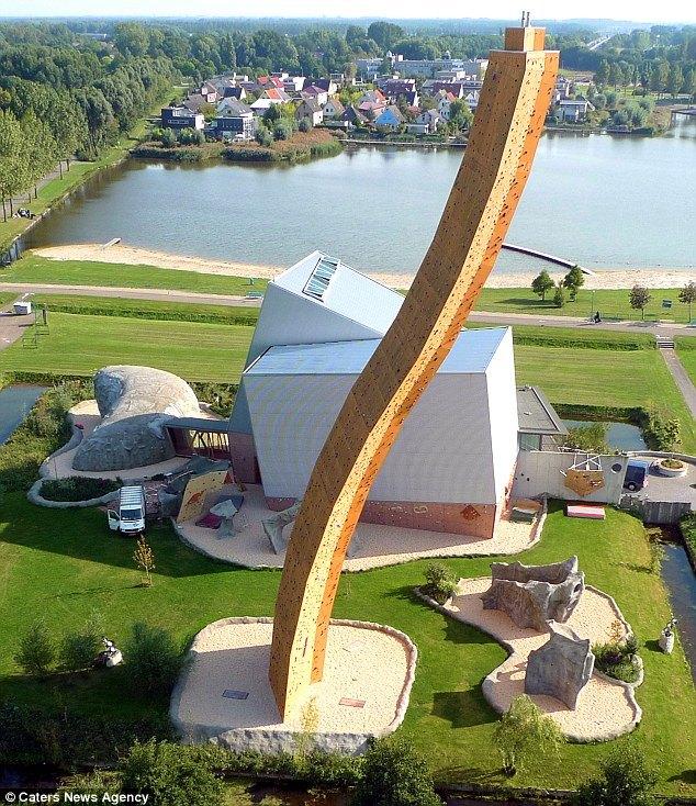 Скалодром Excalibur в Гронингене - самый высокий скалодром в мире (5)