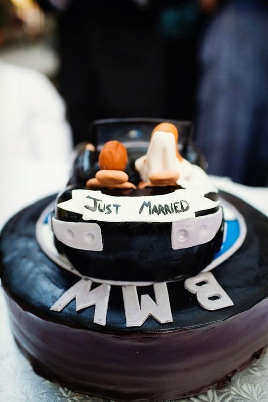 Самые необычные и красивые свадебные торты. Прикольные торты на свадьбу (12)