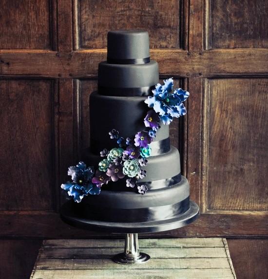 Самые необычные и красивые свадебные торты. Прикольные торты на свадьбу (15)