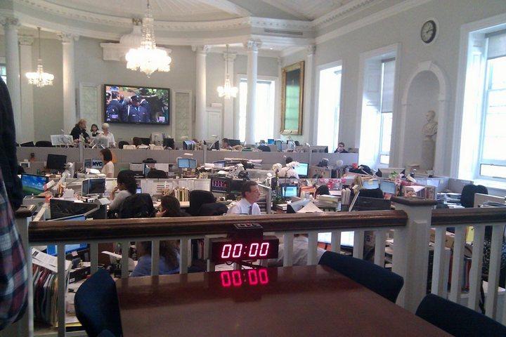Рабочие места российских и американских чиновников, кабинеты российских и американских правительств (4)