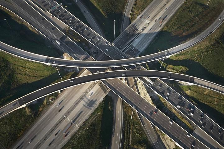Фото сверху, сложные и запутанные автомобильные дорожные развязки (6)