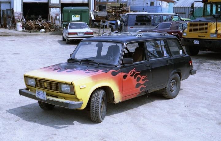 Русские машины на улицах Америки и Канады (21)