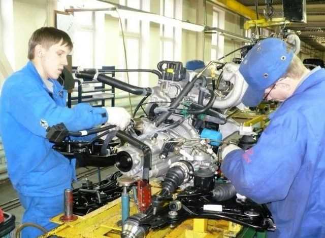 Фото с завода по сборке автомобилей (21)