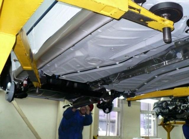 Фото с завода по сборке автомобилей (38)