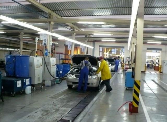 Фото с завода по сборке автомобилей (45)