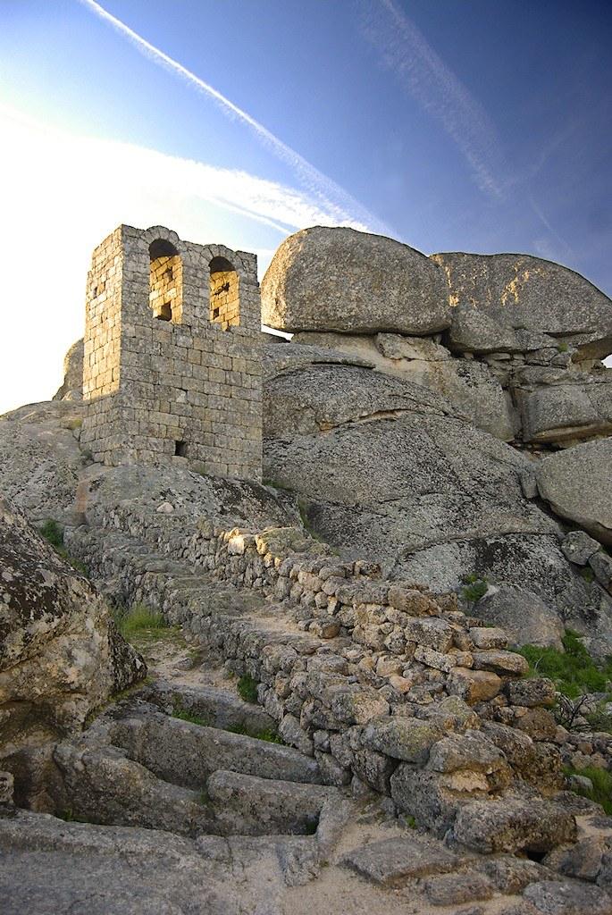 Монсанто - каменная деревня в Португалии (20)