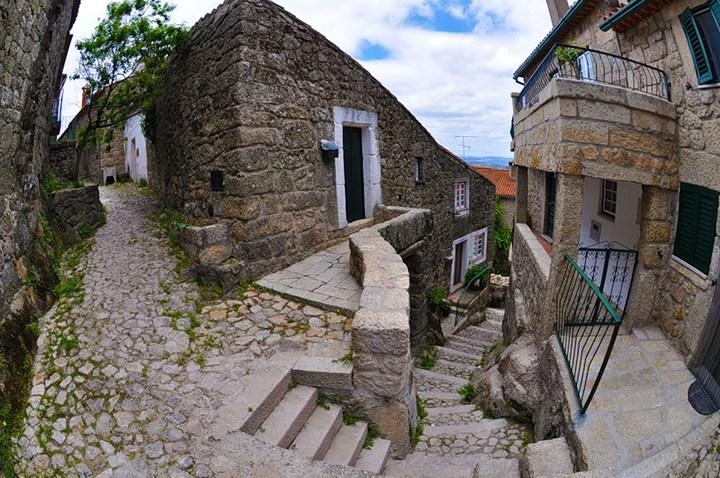 Монсанто - каменная деревня в Португалии (22)