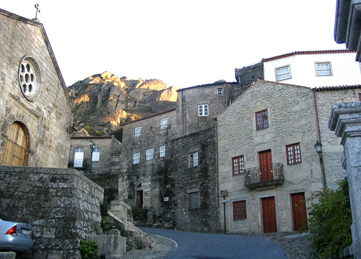 Монсанто - каменная деревня в Португалии (2)