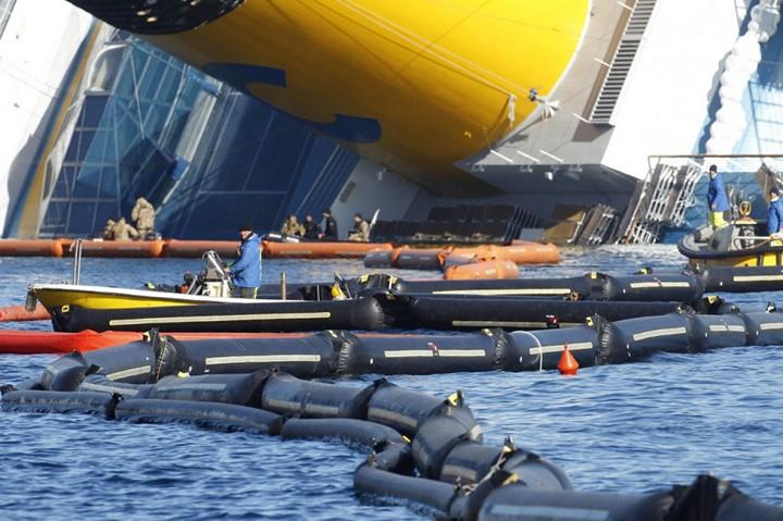 Операция по подъему лайнера Costa Concordia (19)