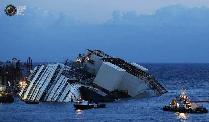 Операция по подъему лайнера Costa Concordia (28)