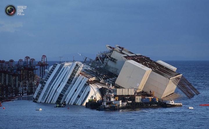 Операция по подъему лайнера Costa Concordia (29)