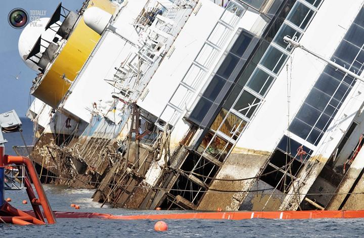 Операция по подъему лайнера Costa Concordia (32)