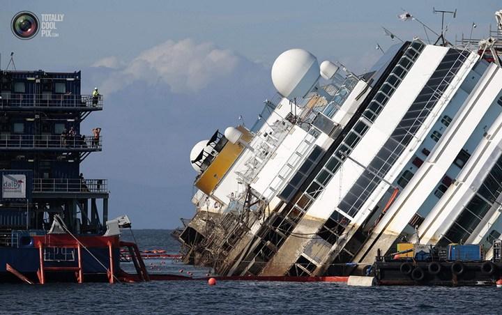 Операция по подъему лайнера Costa Concordia (34)
