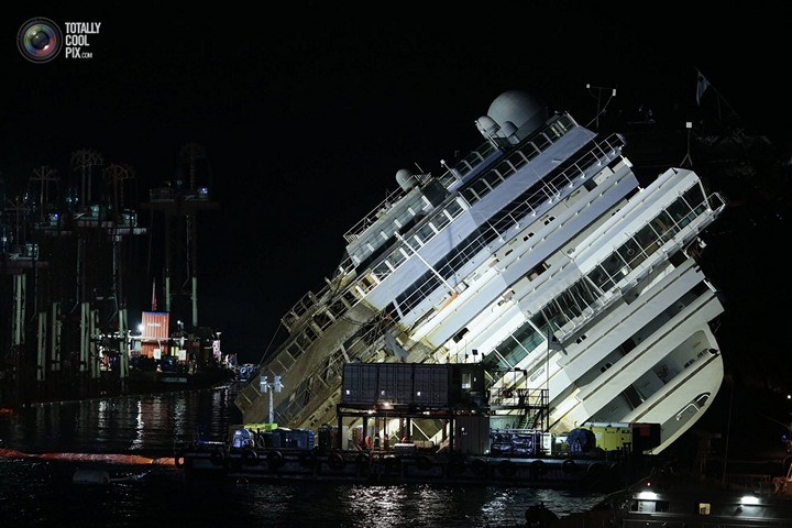 Операция по подъему лайнера Costa Concordia (39)