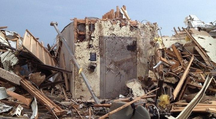 последствия торнадо в Оклахоме