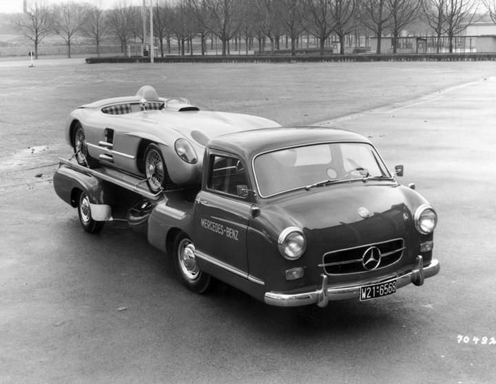 история уникального Mercedes-Benz Renntransporter (3)