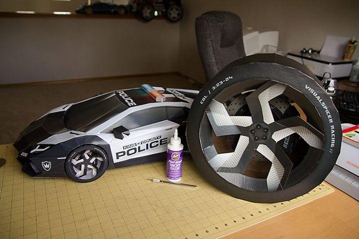 Как склеить модель автомобиля из бумаги в натуральную величину (4)