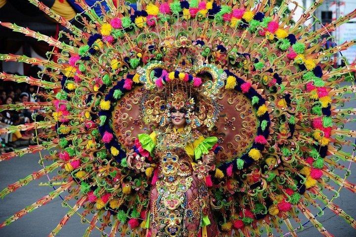Необычный карнавал в индонезийском Джембере (8)