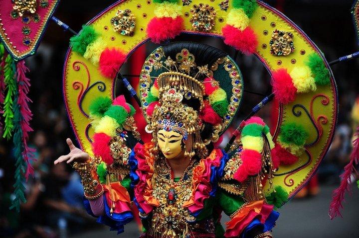 Необычный карнавал в индонезийском Джембере (6)