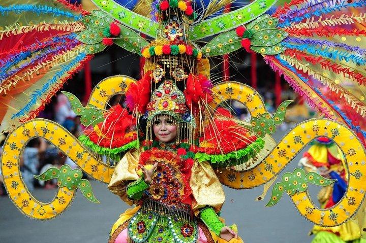 Необычный карнавал в индонезийском Джембере (19)