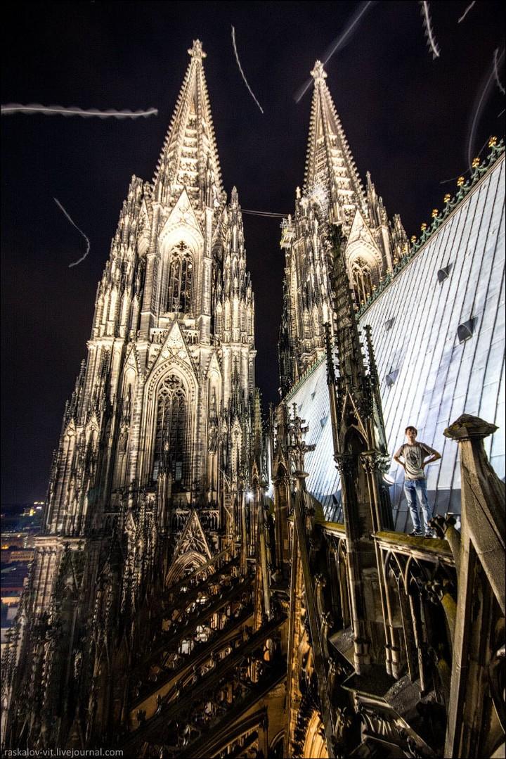 Руферы, как залезть на высокое здание в Европе (28)