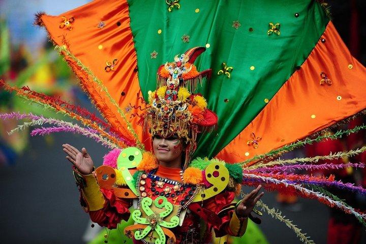 Необычный карнавал в индонезийском Джембере (27)