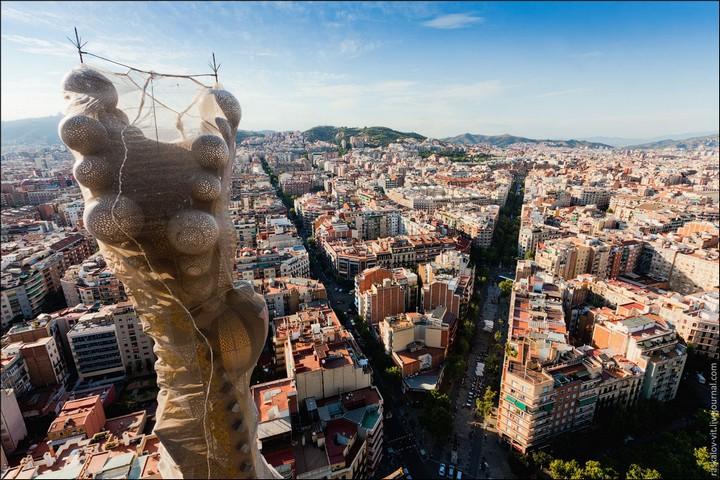 Руферы, как залезть на высокое здание в Европе (66)