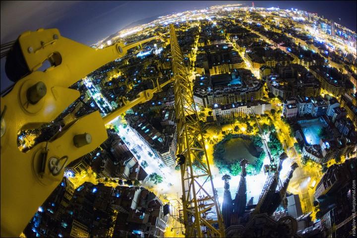 Руферы, как залезть на высокое здание в Европе (72)