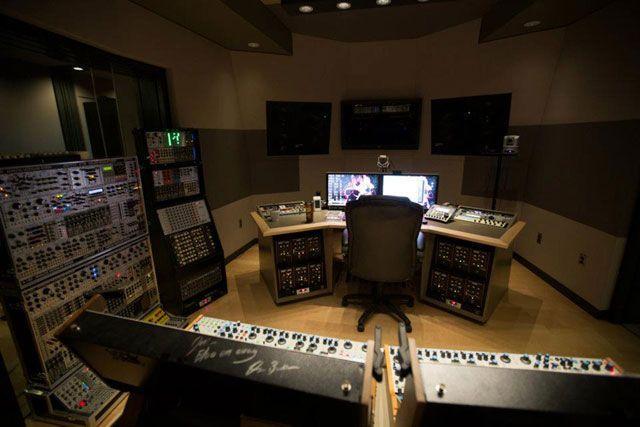 Фото домашних студий звукозаписи с профессиональной аппаратурой (27)