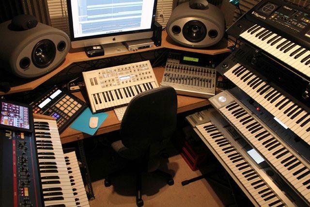 Фото домашних студий звукозаписи с профессиональной аппаратурой (18)